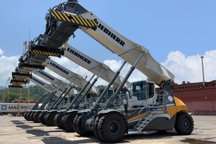LIEBHERR REACHSTACKER WITH NEXT-GENERATION TECHNOLOGY